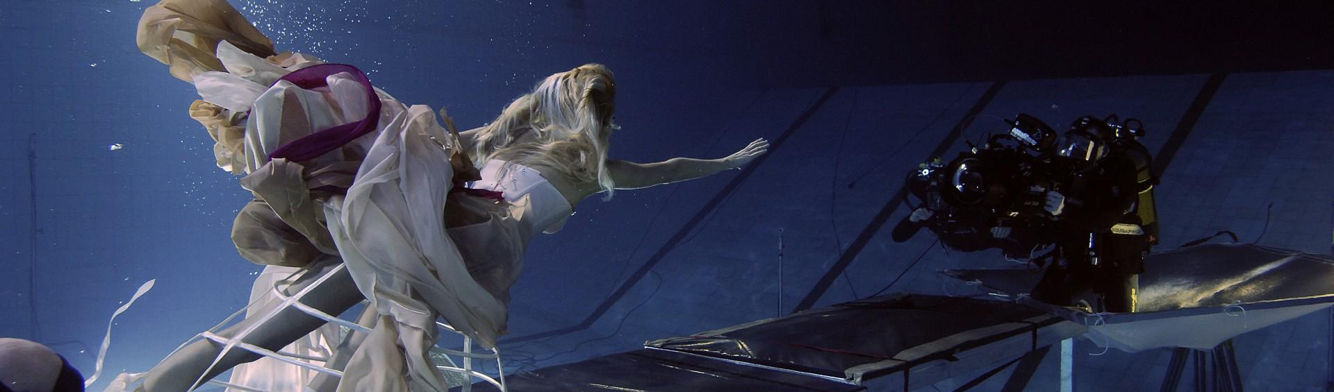 aquafilm, zdjęcia podwodne, podwodne filmowanie, podwodna kamera, underwater cinematography, underwater, underwater housing, rental, wynajem, girl
