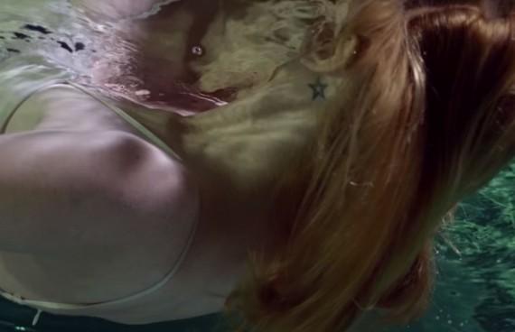 aquafilm, zdjęcia podwodne, podwodne filmowanie, podwodna kamera, underwater cinematography, underwater, underwater housing, girl, tatoo